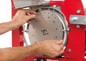 Прочный и легкозаменяемый высевающий диск из стали Inox толщиной 1,2мм